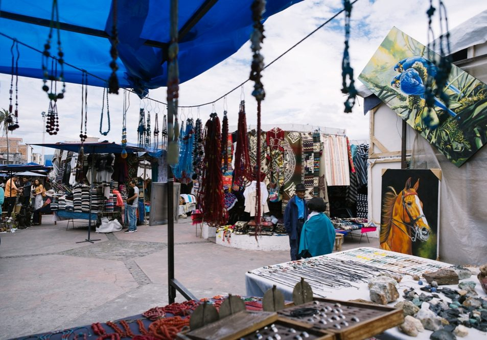 cocobetty-travels-otavalo-market-ecuador